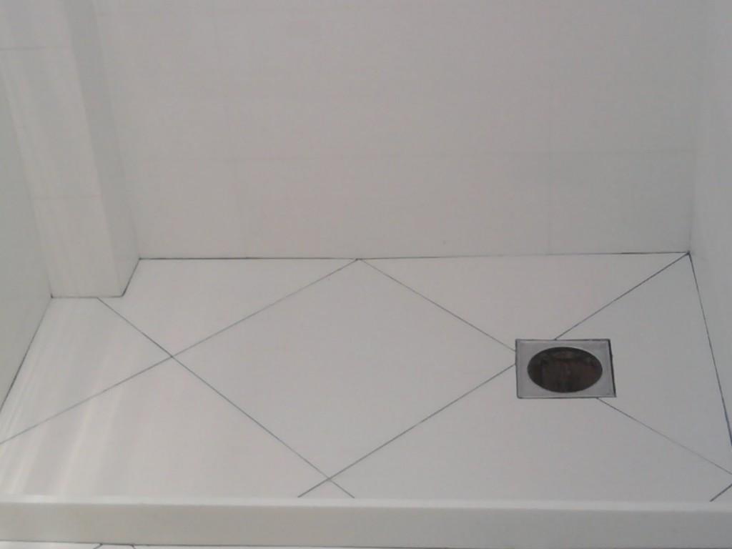 2_-_porcelanato_portinari_bianco_act