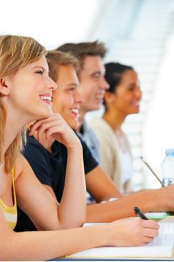 ist2_1150584-happy-student-1