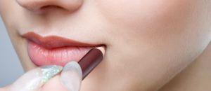 Truques de Maquiagem para Valorizar os Lábios