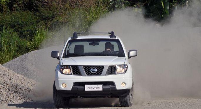 Nissan Frontier 2013 (Foto: UOL/divulgação)