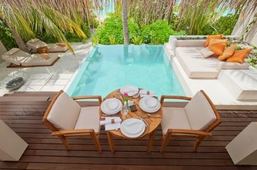 Modelos de terra os decorados e bonitos - Jardines pequenos con piscina ...
