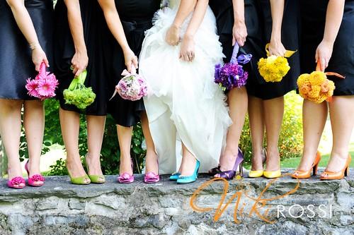 Sapato colorido para casamento  (Foto:Divulgação).