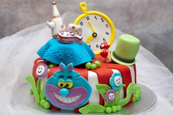 Bolo de carnaval decorado - bolo 2
