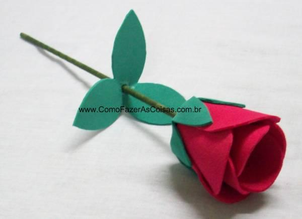 Flor de EVA como lembrancinha. (Foto: www.comofazerascoisas.com.br