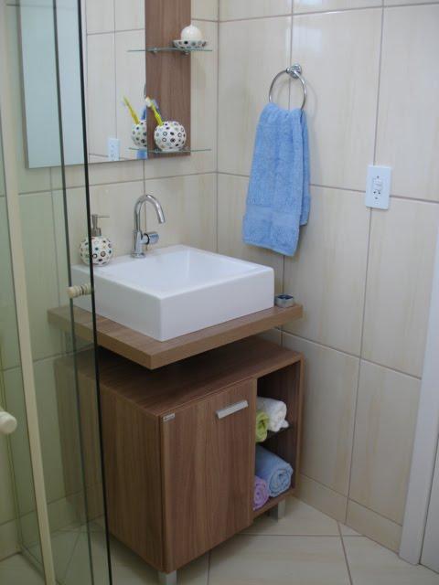 Gabinete para banheiro com espelho  Veja Modelos -> Banheiro Pequeno Gabinete