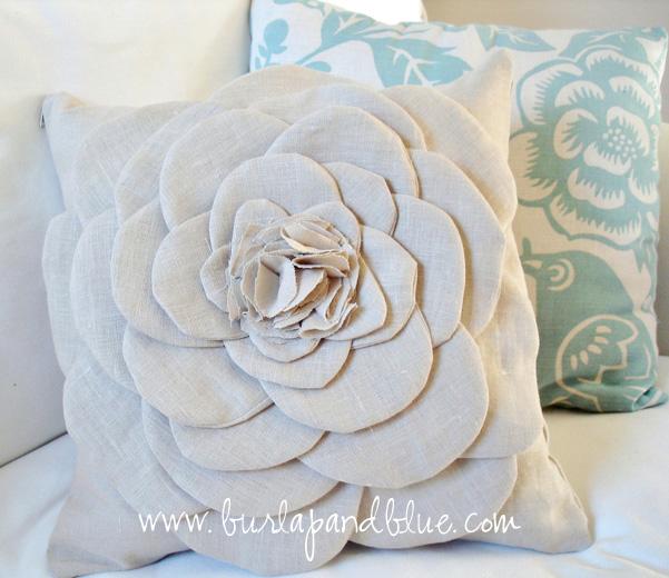 6-almofada-de-tecido-com-flor