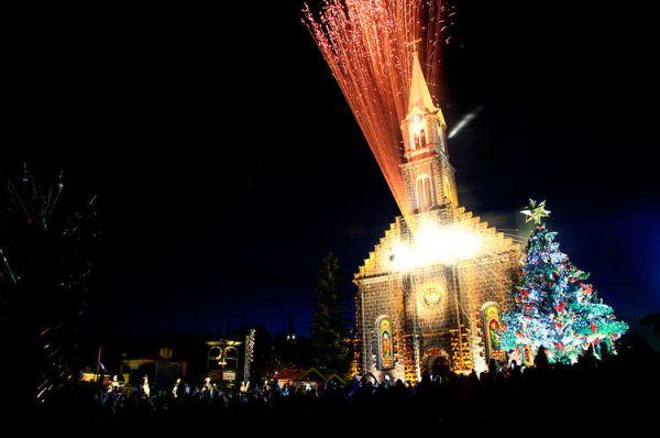 Saiba mais sobre ingressos e programação Natal Luz 2016 (Foto: natalluzdegramado.com.br)