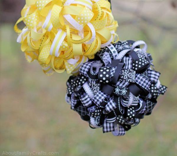 Bola de isopor decorada com fitas é linda e decora facilmente (Foto: aboutfamilycrafts.com)