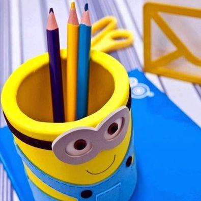 Seus pequenos vão amar este organizador de mesa divertido (Foto: fabartdiy.com)