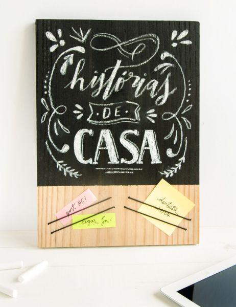 Quadro de recados com lousa decora e é funcional (Foto: historiasdecasa.com.br)