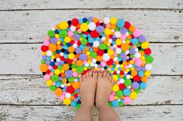 material para fazer tapete de pompom