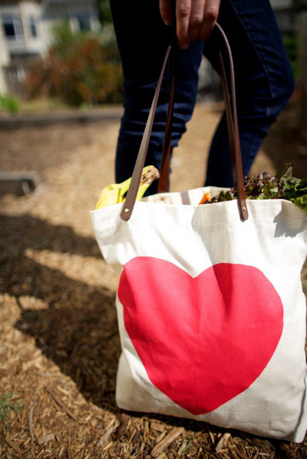 bolsa com estampa de coração