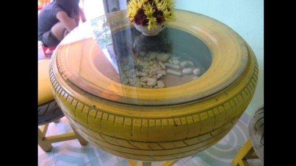 mesa de pneu colorida
