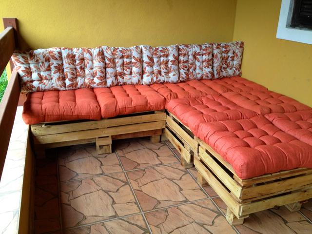 Almofada para sof de pallet passo a passo for Sofa que vira beliche onde comprar