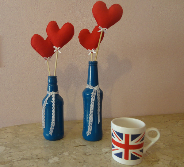 garrafa de vidro com coração