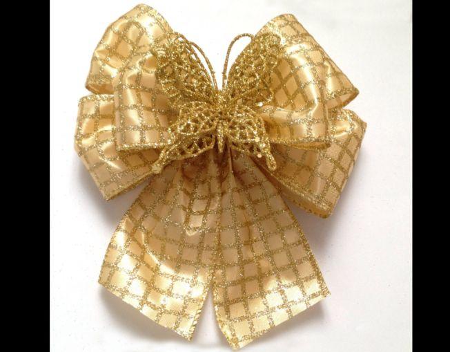 laço natalino com borboleta