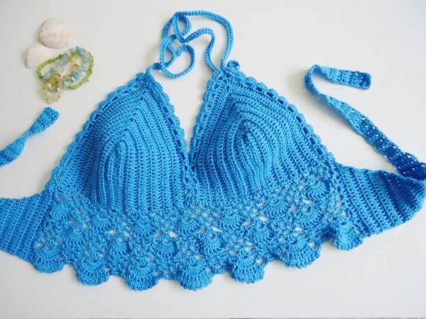 cropped azul de croche