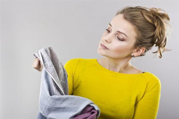 como tirar cola quente de tecido