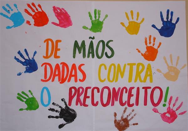 cartaz com mãos dia da consciência negra