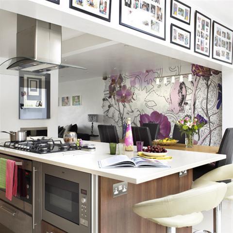 Fotos de cozinhas decoradas com papel de parede for Paredes de cocina decoradas