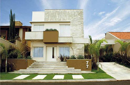 Fotos de fachadas de casas com pedras for Fotos de casas modernas con balcon