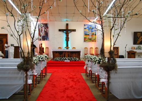 Fotos de arranjos de mesa para casamento simples 64