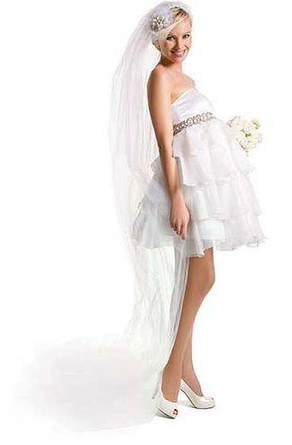 Os modelos de vestidos de noiva para gestantes moda 2013 estão encantadores (Foto: Divulgação)