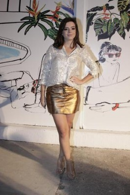 Como usar saias curtas a noite  (Foto:Divulgação).