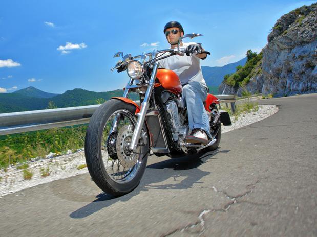 Conheça belos destinos para percorrer de moto. (Foto: Divulgação).