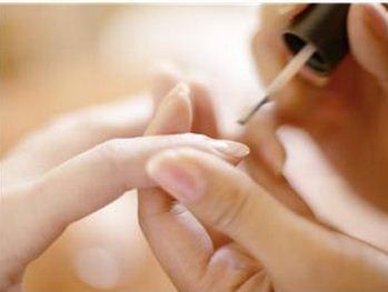 Como trabalhar como manicure e pedicure