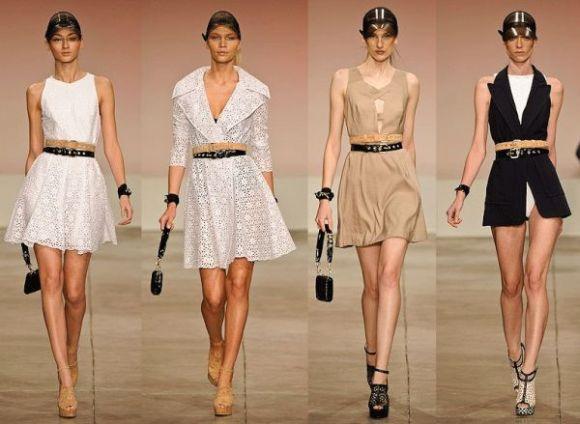 A tendência de cinto sobre cinto deixa seu visual muito mais interessante (Foto: Divulgação)