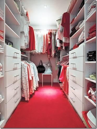 Modelos de closets pequenos e elegantes for Walk in closet ideas for teenage girls
