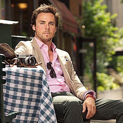 Montar um look de blazer com camisa é muito fácil, basta saber antecipadamente o estilo que você quer criar (Foto: Divulgação)
