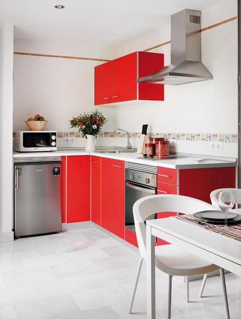 Sala e Cozinhas aliadas na mesma parede (Foto: Construção Shopping/divulgação)