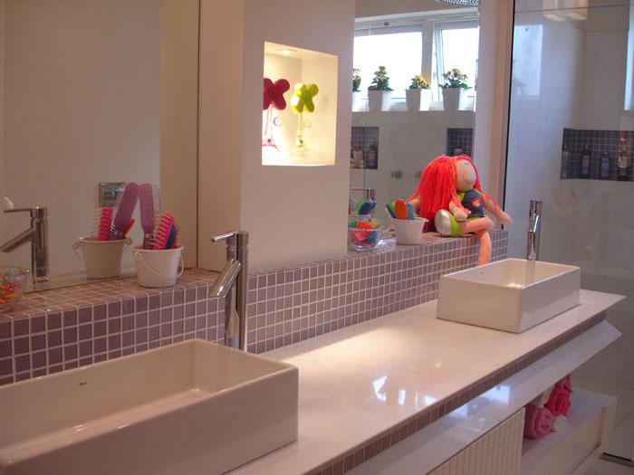Como escolher pisos e azulejos para o banheiro - Azulejos martin ...