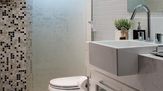 Como escolher pisos e azulejos para o banheiro for Como colocar azulejo