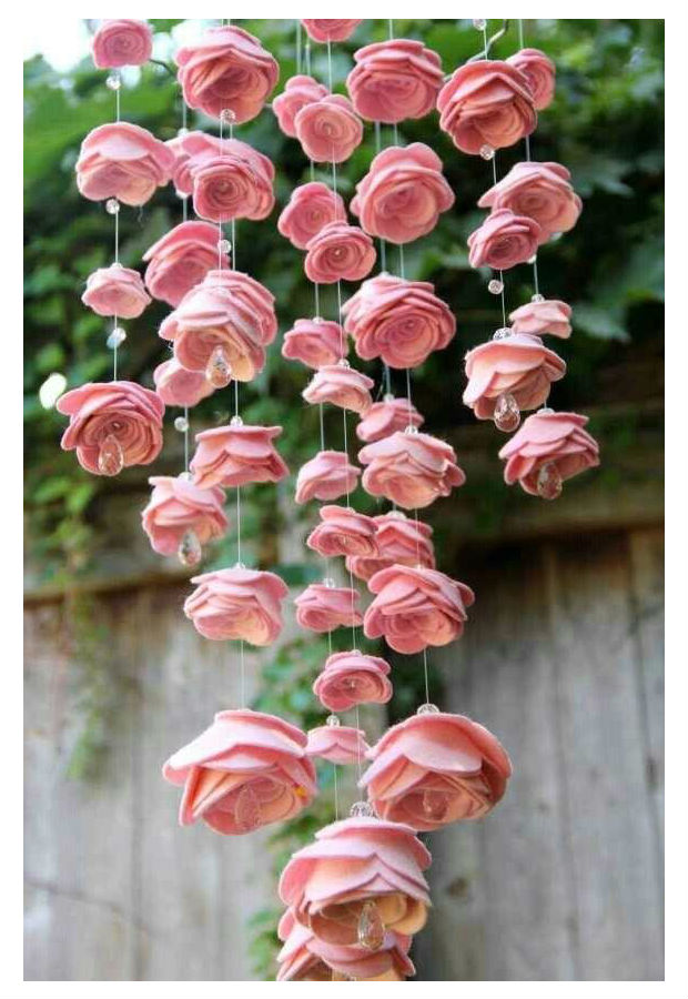 Adesivo Para Teclado De Notebook Samsung ~ Móbile de rosas de feltro passo a passo