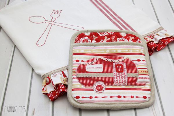 Esta linda ideia simples para fazer um kit de cozinha pode também ser a sua fonte extra de renda (Foto: flamingotoes.com)