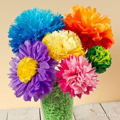 Sua casa ou a sua festa vai ficar linda com este arranjo de flores de papel de seda (Foto: partycity.com)