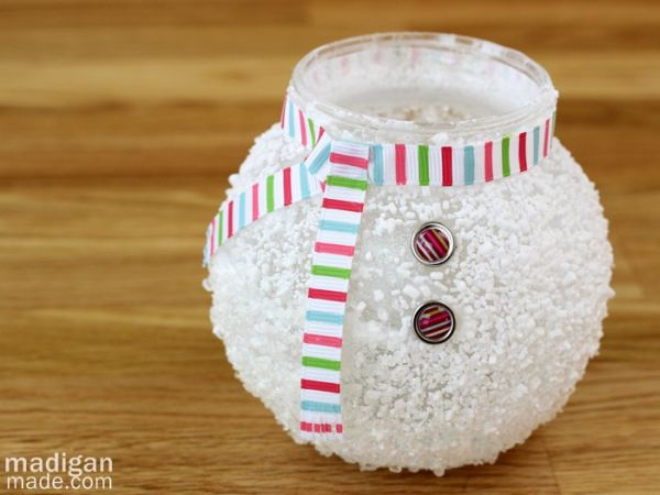 Esta sustentável decoração de Natal com boneco de neve vai fazer o maior sucesso em sua casa (Foto: madiganmade.com)