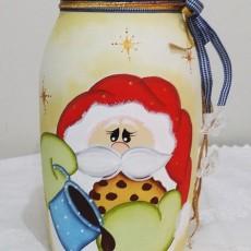 Invista em pintura de Papai Noel em vidro para também vender (Foto: blogpintura.com.br)
