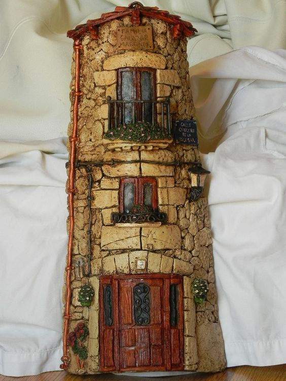 Artesanatos com Telhas de Barro