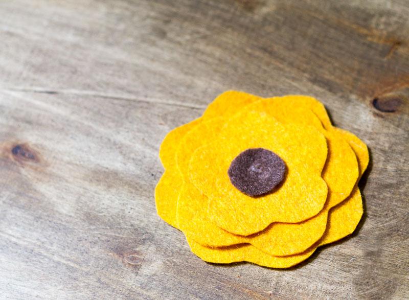 flores de feltro passo a passo
