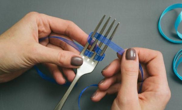 ideia para fazer laço com fita fina