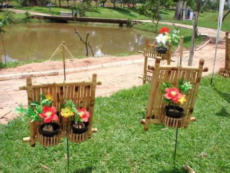 ideias de artesanato de bambu para jardim