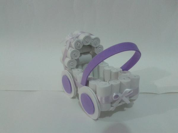 carrinho de bebê em EVA
