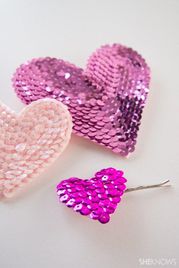 acessório de cabelo de coração