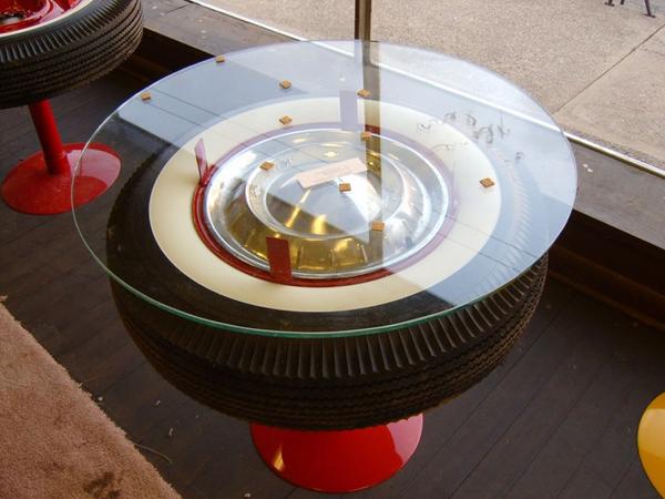 mesa de pneu para comércio
