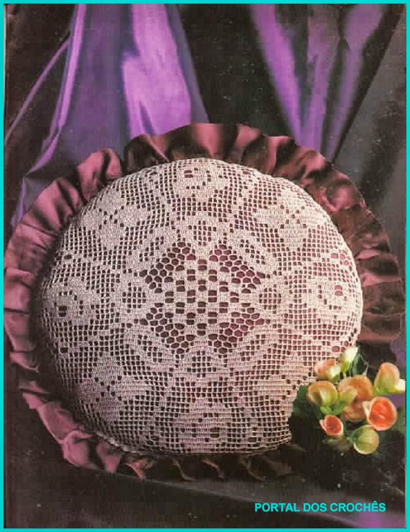 almofada de croche redonda