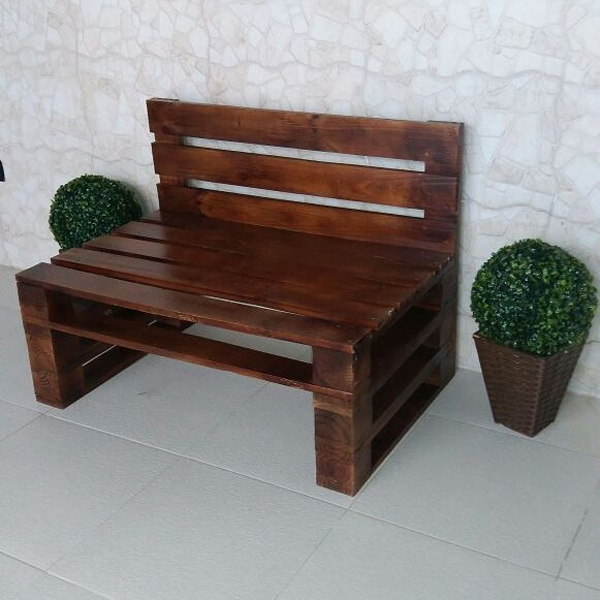 sofa de pallet pequeno